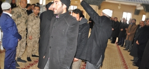 Bulanık'ta barış töreni Husumetli aileler, Kaymakam Uzan'ın devreye girmesiyle barıştırıldı