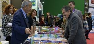 Başkan Ataç'tan Eskişehir Kitap Fuarı'na ziyaret