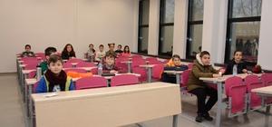 Anadolu Üniversitesi'nde ÜYEP sınavı yapıldı