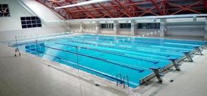 Yarı olimpik yüzme havuzu yetişkinlere de kapılarını açtı