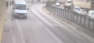 Rize'de anne ve kızının hayatını kaybettiği korkunç kaza kamerada Rize'deki korkunç kazanın güvenlik kamerası görüntüleri ortaya çıktı