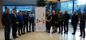 """ADÜ'lü akademisyenin AB destekli proje toplantısı Polonya'da yapıldı """"Tıbbi tedavilerde arı ürünlerinin kullanımı giderek yaygınlaşacak"""""""