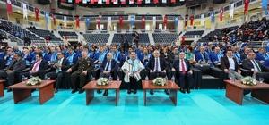 PAÜ'de 211 öğretim üyesi akademik cübbe giydi