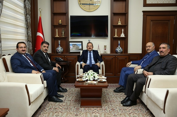 Milletvekili Fetani Battal Vali Ali Hamza Pehlivan'ı ziyaret etti