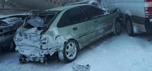 Erzurum'da 20 araç birbirine girdi: 1 ölü, çok sayıda yaralı var Buzlanma zincirleme kazaya neden oldu