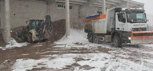 İncesu Belediyesinde karla mücadele çalışmaları sürüyor