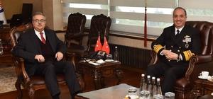Donanma Komutanı Koramiral Tatlıoğlu Mersin'de