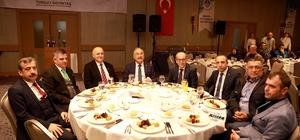"""Tufan: """"Gazetecilik her çağın dinamik mesleklerinden biri"""" Büyükşehir Belediyesi ve Mersin Gazeteciler Cemiyeti tarafından 10 Ocak Çalışan Gazeteciler Günü dolayısıyla Mersin'de görev yapan gazeteciler onuruna akşam yemeği düzenlendi"""