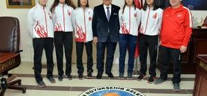 Avrupa 3'üncüsü tekvandocudan Başkan Kocamaz'a ziyaret