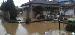 İzmir'de şiddetli yağış raporu: 1 aylık yağmur 3 günde geldi