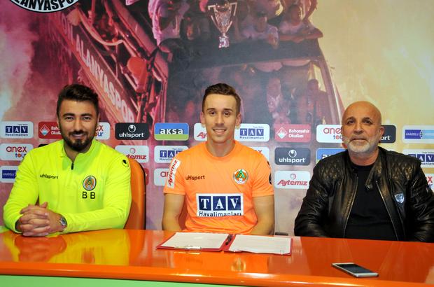 Çek futbolcu Josef Sural, Alanyaspor'da