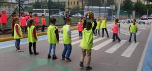 Oyun sokağında çocuklar güvende