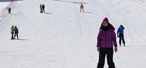 'Türkiye'nin Maldivleri' manzaralı kayak merkezi misafirlerini bekliyor Salda Gölü manzaralı Salda Kayak Merkezi sezon açılışını yaptı
