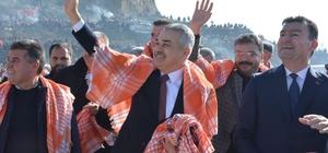 Büyükşehir Adayı Savaş ve Cumhur İttifakı adayları sahaya indi