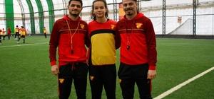 Simge Köken profesyonel oldu Göztepe Futbol Okulu'ndan kısa sürede büyük başarı