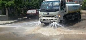 İzmit'in cadde ve sokakları sürekli temizleniyor