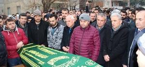 Madende ölen işçi dualarla memleketine uğurlandı 11 yaşındaki Nevzat babasının cenaze namazında saf tuttu