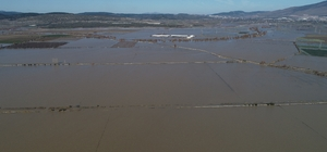 Yağmur ıspanağı vurdu, onlarca dönüm tarım arazisi sular altında Adeta gölü andıran tarım arazileri havadan görüntülendi