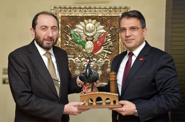 """Başsavcı Yurdagül'e Rektör Alkan'dan ziyaret Çorum Hitit Üniversitesi Rektör Prof. Dr. Reha Metin Alkan: """"Başsavcımızın 15 Temmuz sürecinde büyük hizmetleri oldu"""""""