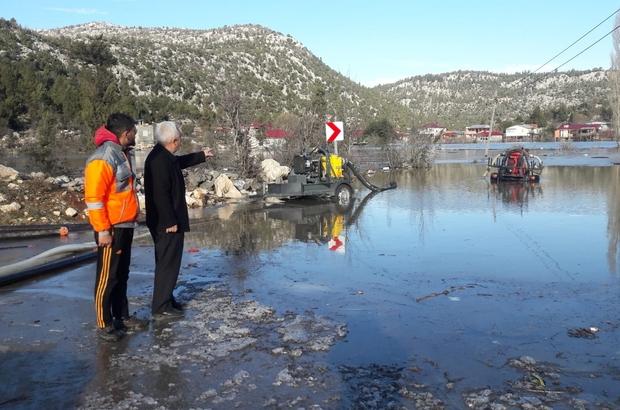 Karaisalıda 200 Ev Sular Altında Kaldı Etekli Mahalle Muhtarı