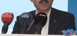 """Bakan Kurum, 2023 Türkiye'si için önemli 24 maddeyi açıkladı Çevre ve Şehircilik Bakanı Murat Kurum: """"2023'e kadar tüm içecek ambalajlarında da depozito uygulamasına geçeceğiz"""" """"2018 yılında 88 düzenli depolama tesisiyle ülke nüfusunun yüzde 75'ine hizmet verilirken, KAP Projesi kapsamında yapılan yatırımlarla 2023 yılında nüfusun tamamına hizmet verilecektir. Böylece çöplerimizin çevreye verdiği zararların etkisi en aza indirilecek, vahşi depolamaya son verilecek"""" """"2023 yılına kadar 125 bini kentsel dönüşümden olmak üzere 250 bin yeni sosyal konut üretilmesi amaçlanıyor"""" """"Emlak Bankası, bir katılım bankası olarak yeniden faaliyete başlayacaktır. Türkiye Emlak Katılım Bankası sektöre finansal çözümler üretecek, yerel üretimi destekleyecek, sürdürülebilir büyümeye hizmet edecek, toplumun sosyo-ekonomik yapısına katkı sağlayacak projelerde yer alacaktır"""" """"Temiz denizlerimizin bir göstergesi olan mavi bayraklı plaj sayısı 2002 yılında 151 iken, 2018 yılında 459'e ulaşmıştır. Bu alanda hedefimiz dünya birinciliği"""""""
