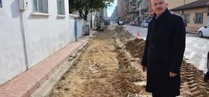 Torbalı'da İZSU'nun kazıp bıraktığı yollar yenileniyor
