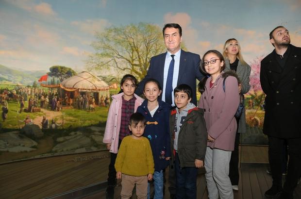Fetih Müzesi tarihî bir gün yaşadı Çarşamba günü müzeyi 6 bin 57 kişi ziyaret etti