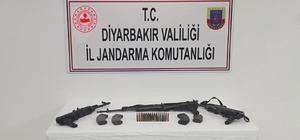 Silvan'da jandarmadan nokta operasyonu Operasyonda silah ve mühimmat ele geçirildi