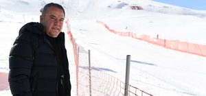 Başkan Böcek'ten kar şenliğine davet