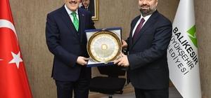 Büyükşehir Genel Sekreteri Mustafa Küçükkapdan göreve başladı