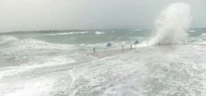 Fırtına ve yağış Didim'de yaşamı olumsuz etkiledi