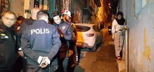 """Bursa'da az kalsın mahalleyi havaya uçuracaktı """"Pencereden baktım, korkudan dışarı çıkamadım"""" dedi gerçekler güvenlik kamerasında ortaya çıktı Bursa'da bir kadın ağzında sigarayla sokaktaki doğalgaz sayacını parçalayıp bıçakla borusunu kesti İhbar üzerine olay yerine gelen polislere """"pencereden baktım, korkudan dışarıya çıkamadım"""" diyen kadının yalanı evinde takılı güvenlik kameralarından ortaya çıktı"""