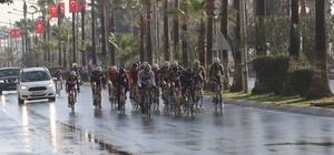 Bisiklet yarışları sürüyor yollara dikkat