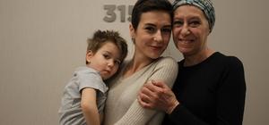 Anne-kız kanseri birlikte yendi Anne ve kızı kanseri kabullendi, mücadele etti ve başardı