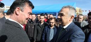 AK Parti'li Savaş ve MHP'li Akın, Efeler seçmeniyle birlikte buluştu