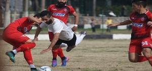 Çeşme Belediyespor sahasında 3 puanı 3 golle kaptı Süper Amatör Lig Beyaz Grup Çeşme Belediyespor: 3 - Kemalpaşa Esnafspor: 1