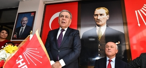 """Kocaoğlu: """"PM'den çıkan aday bizimdir. Arkasında saf tutmamız, sıfır hatayla çalışmamız lazım"""" İzmir Büyükşehir Belediye Başkanı Aziz Kocaoğlu, yeniden sahada"""