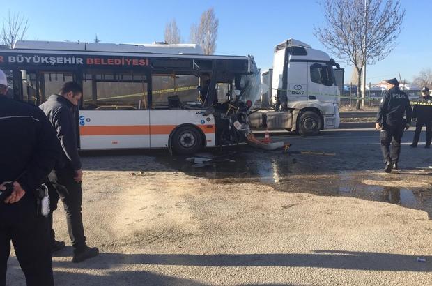 Eskişehirde Trafik Kazası 1 ölü 4ü Ağır 17 Yaralı Eskişehir