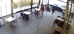 Kafede silahıyla dehşet saçtı: 4 yaralı