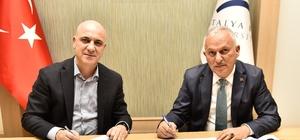 İtfaiyecilere özel eğitim Antalya OSB'den eğitime destek