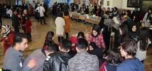 Vanlı öğrencilerden Yemen yararına kermes