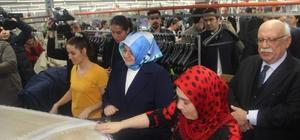 """Bakan Selçuk'tan fabrika ziyareti Aile, Çalışma ve Sosyal Hizmetler Bakanı Zehra Zümrüt Selçuk; """"Savunma ve satın alma paritesinde ülkemizi 12'nci sıraya yükselteceğiz"""" """"2004 yılından beri yaklaşık 150 milyar teşvikten işverenlerimizi yararlandırdık"""""""