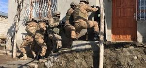 Van merkezli terör operasyonu: 16 gözaltı