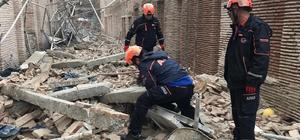 Müze inşaatında duvar çöktü: 1 ölü, 6 yaralı Adana'da müze inşaatında duvar çökmesi sonucu yaralanan 7 işçiden 1'i hayatını kaybetti