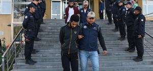 DEAŞ'ın Türkiye sorumlusunun kardeşleri hakim karşısında 8 sanıklı DEAŞ davası başladı