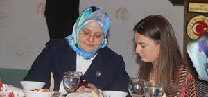 """Bakan Selçuk, engelli ve aileleri ile buluştu Aile, Çalışma ve Sosyal Hizmetler Bakanı Zehra Zümrüt Selçuk: """"Engelli kardeşlerimizin geleceklerinin garanti altına alınması bakımından dünyaya rol model olabilecek seviyedeyiz"""" """"56 bin kardeşimizi kamuda istihdam ettik"""""""