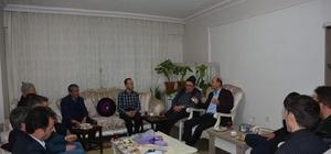 Başkan Bozkurt ev ziyaretlerine hız verdi Başkan Bozkurt sıkılmadık el bırakmıyor