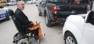 Engelli rampasına park etti, bedensel engelli yolda kaldı