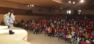 Germencik Belediyesi çocukları sevindirmeye devam ediyor