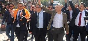 """Tunç Soyer: """"İzmir'de işsiz genç, aşsız ev kalmayacak"""""""
